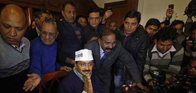 The anti-graft helpline in Delhi got 300 calls in 3 hours.